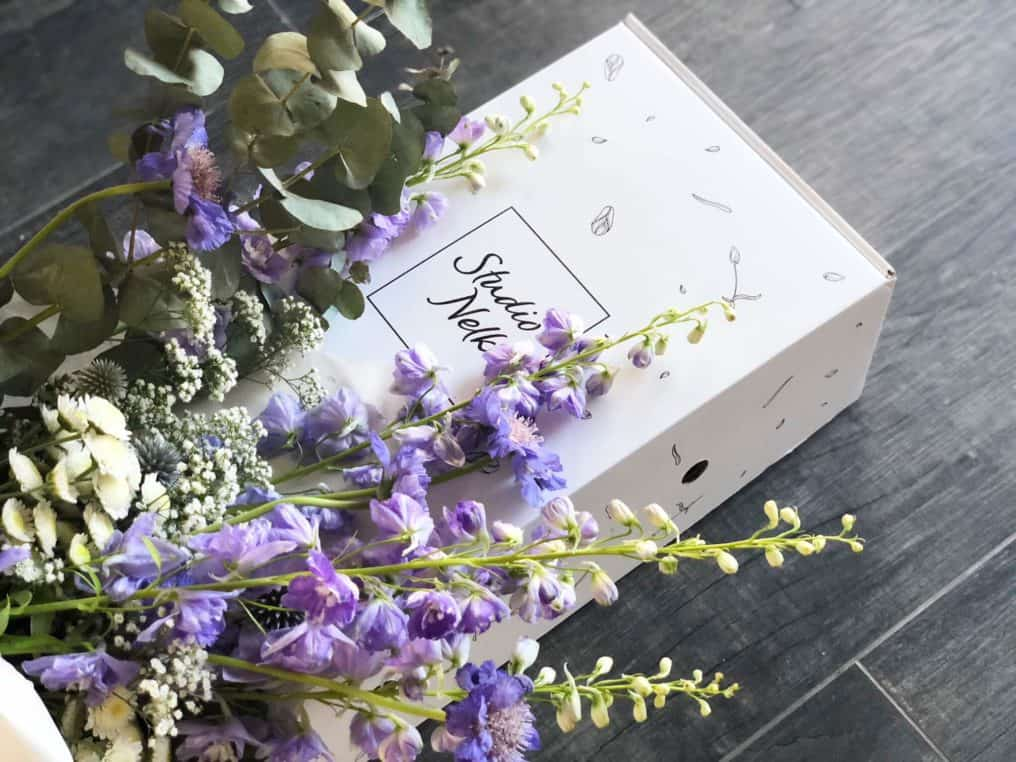7bef21530ad Lillede püsitellimus - Studio Nelk - Vabakäe lillekimbud kulleriga