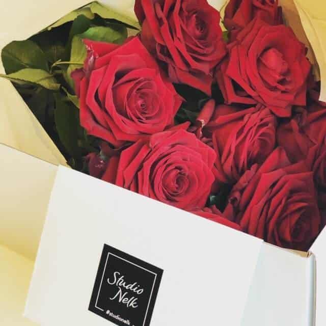 9cb21b0ba16 Punased roosid - Studio Nelk - Saada erilised lilled, erilisele ...