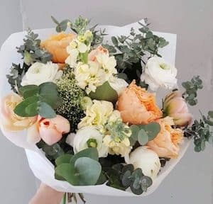 White dreams bouquet by Studio Nelk