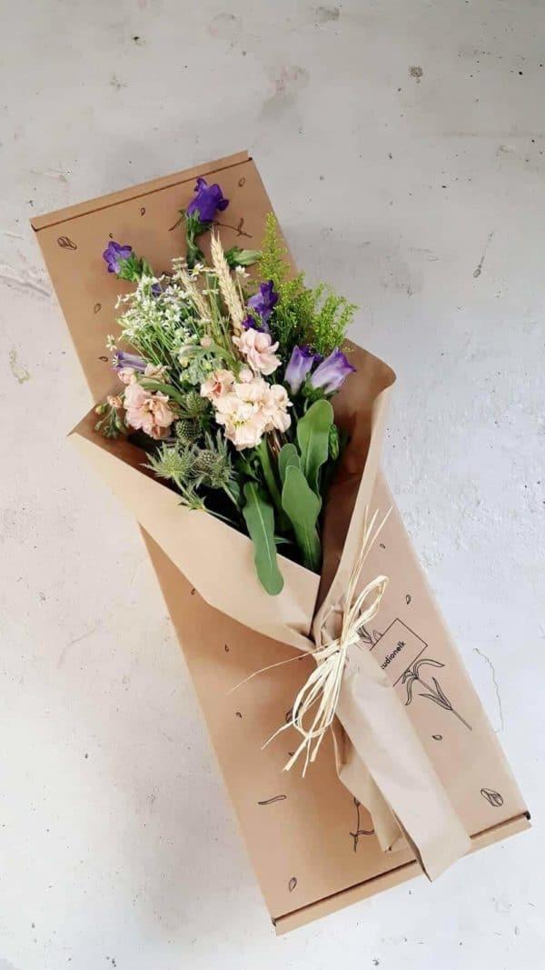 lilled karbis