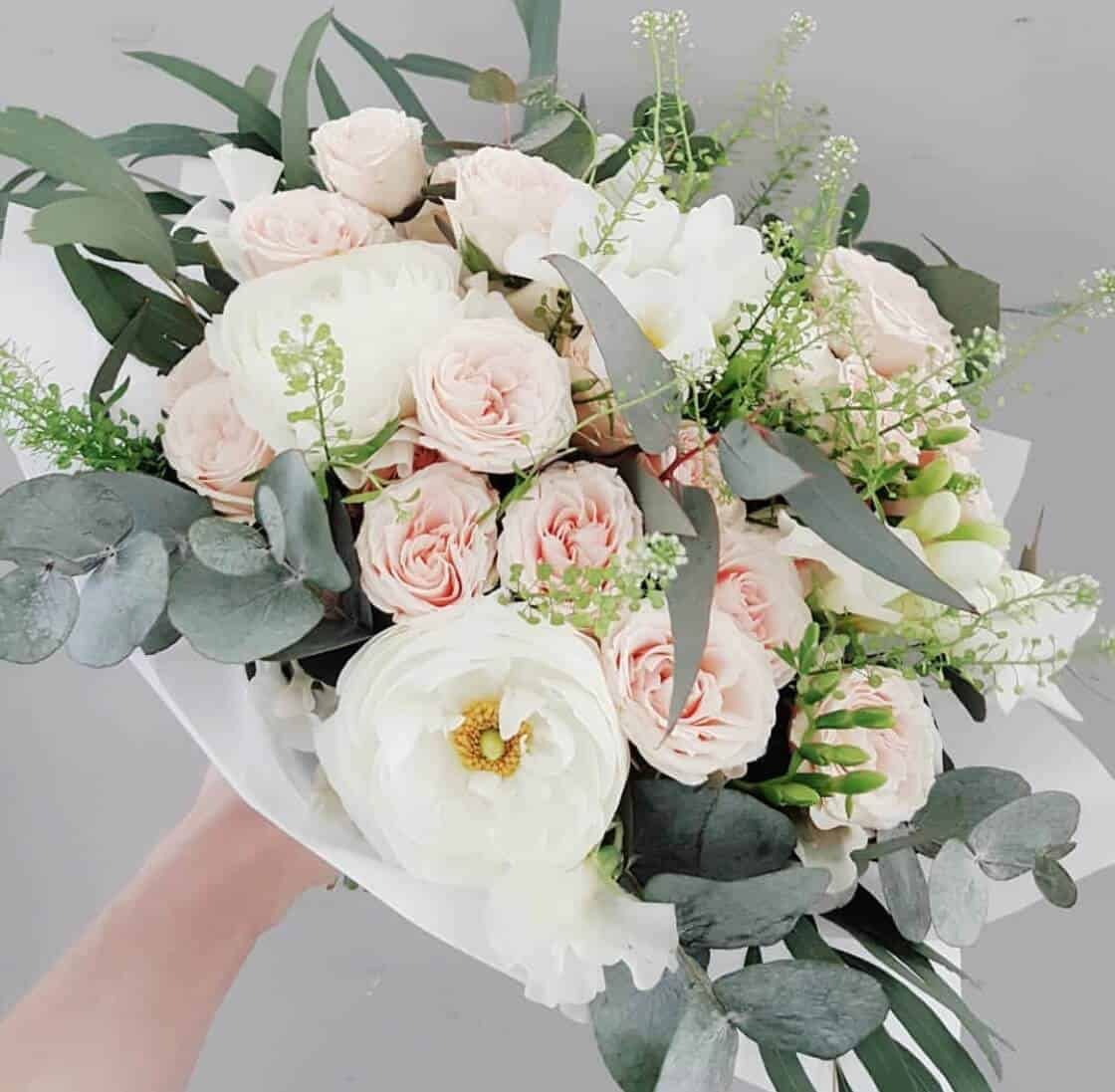 13471fe8306 Pruudikimp ja pulmalilled - Studio Nelk - lillede saatmine kulleriga