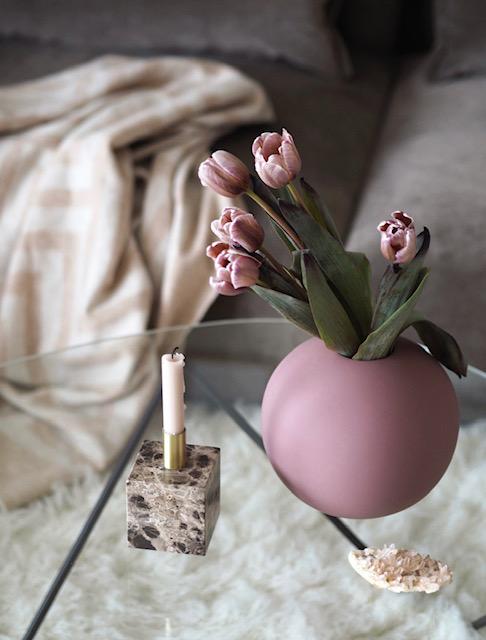 Cooee Ball vase Cinder Rose